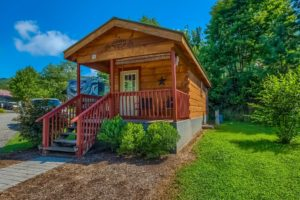 bear-den-cabin-great-outdoor-rv-resort-north-carolina