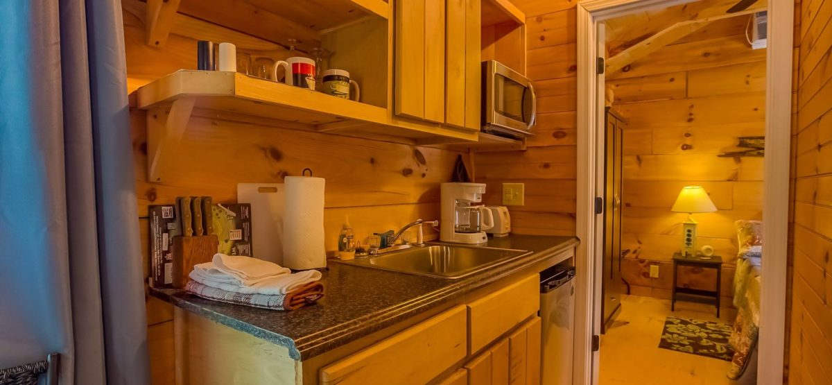 bear-den-cabin-kitchen2-great-outdoor-rv-resort-north-carolina