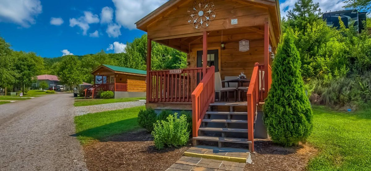 buck-horn-cabin-great-outdoor-rv-resort-north-carolina